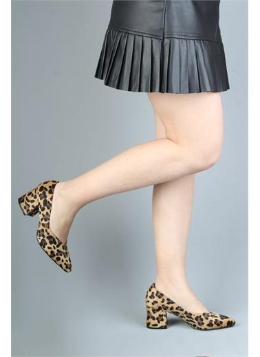 Modabuymus Modabuymus Kalın Topuk Rahat Bayan Dekolte Stiletto Kadın Ayakkabı Leopar - HarLab Sarı